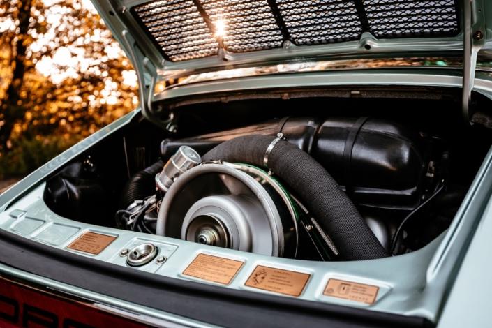 Motor Porsche 911S Targa in eisgründiamant