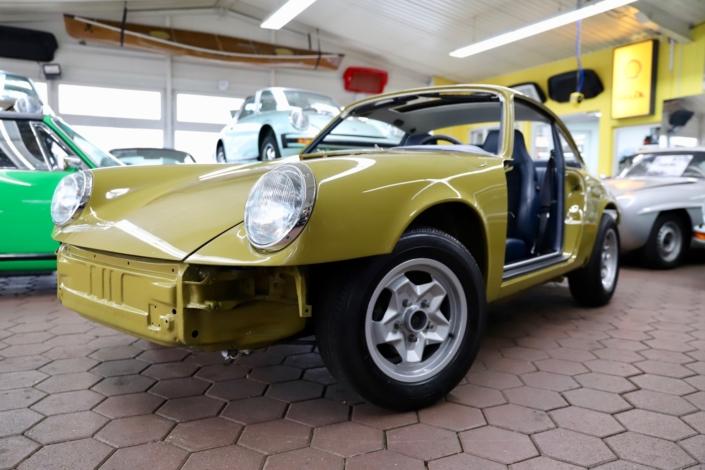 1976 Porsche 911S Coupé Olive Restaurierung